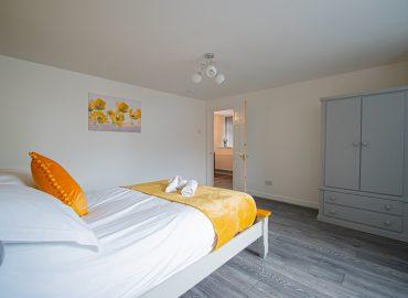 Clarence Retreat bedroom