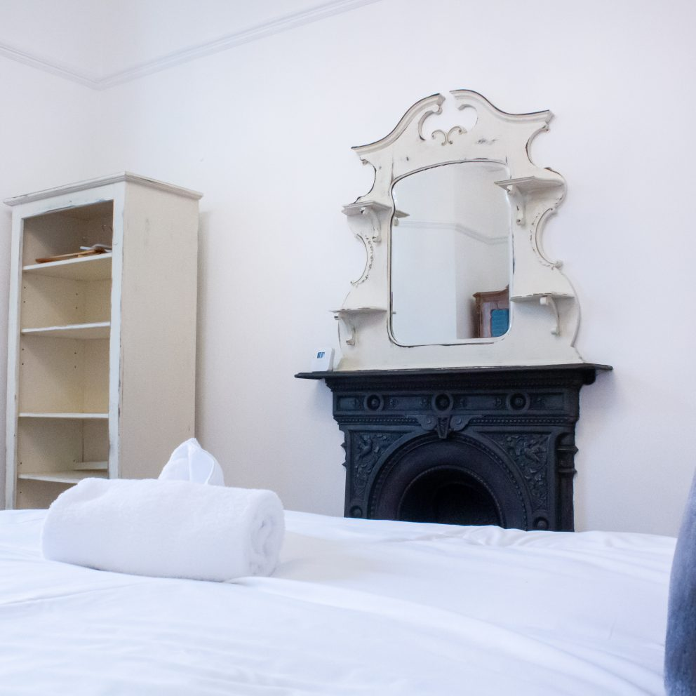 carlton house bedroom