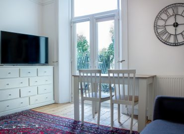 carlton house living room
