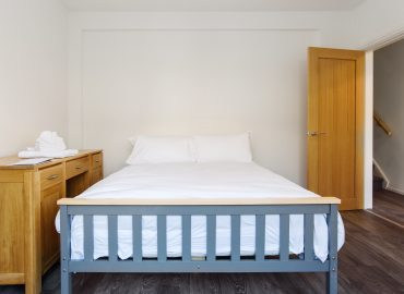 Hengoed House bed