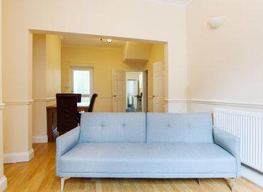 lucas lodge sofa