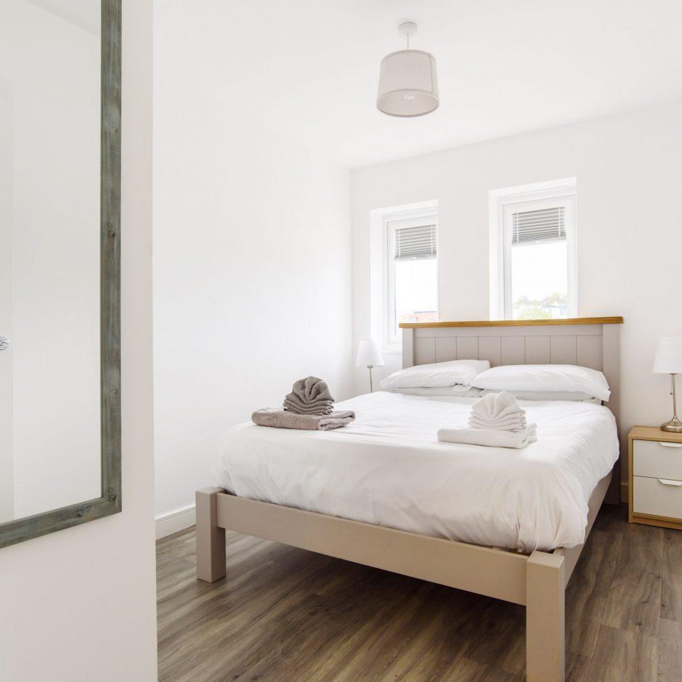 Raphael Retreat bedroom