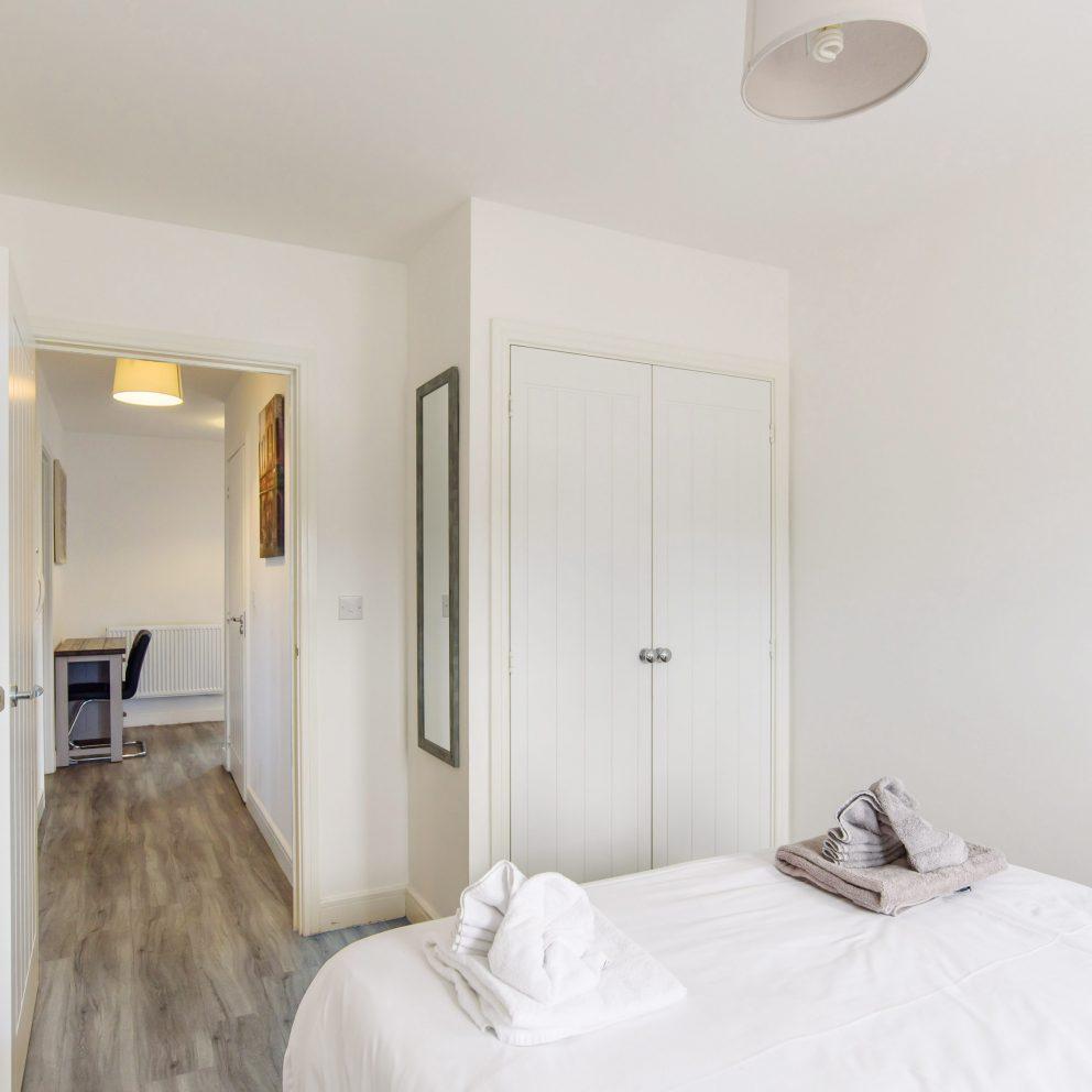 Raphael Retreat bedroom & wardrobe