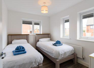 Raphael Retreat twin bedroom