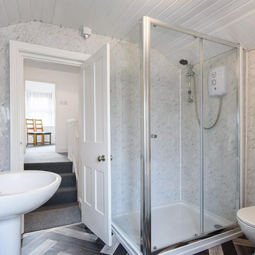 Railway Cottage shower