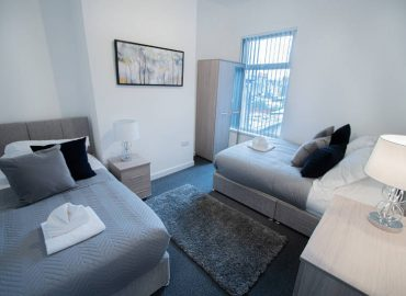 corpa heights bedroom2