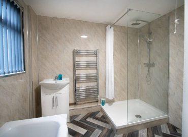 corpa retreat bathroom shower