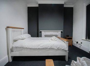 stone-house-bedroom