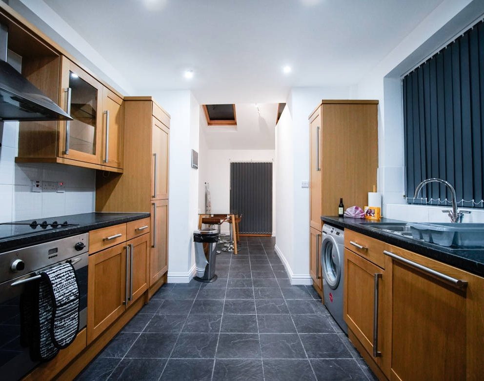 stone-house-kitchen