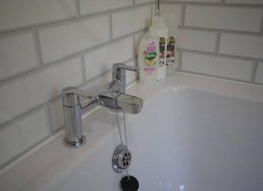 Risca retreat bath