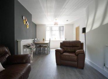 Risca retreat living room