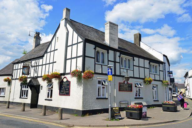 Ye Olde Bull Inn in Caerleon