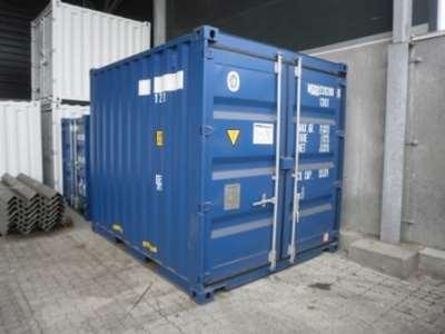 10 fods skibscontainer, set udefra i farven blå. Kan isoleres og få installeret el