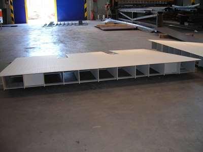 rampe passer i højde til container