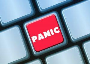 Een online psycholoog kan hulp bieden bij angstklachten, therapie via internet waar ook ter wereld van Amsterdam tot Londen of Hong Kong of New York
