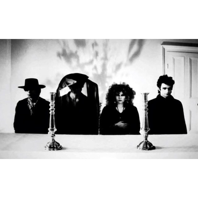 table is set , let's have dinner #thecramps #date #with #elvis