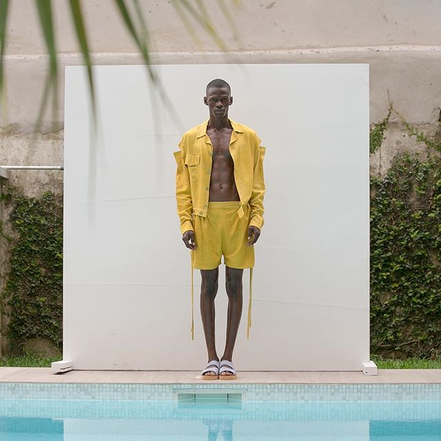 OLOOH Concept collection « Sunday » designed by Kader Diaby a former trained photographer is produced in Ivory Coast by local ateliers using organic fabrics and hand dyed in Abidjan @oloohconcept #oloohconcept #madeinafrica #organic #handmade #kaderdiaby #publicimagepr #designer #ss2020 #sustainablefashion