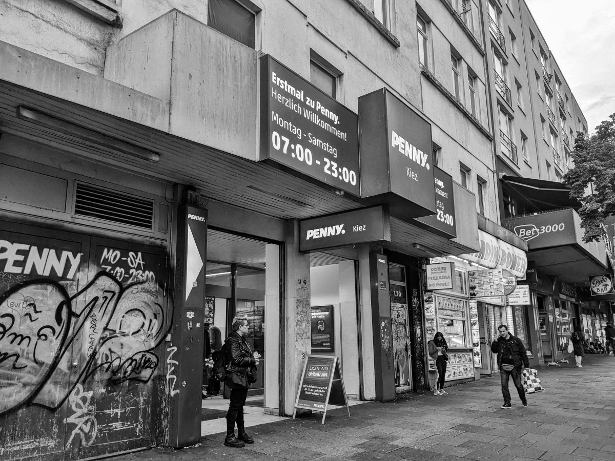 Die Penny-Markt-Doku: Kiez-Kult, Korn und Klassismus
