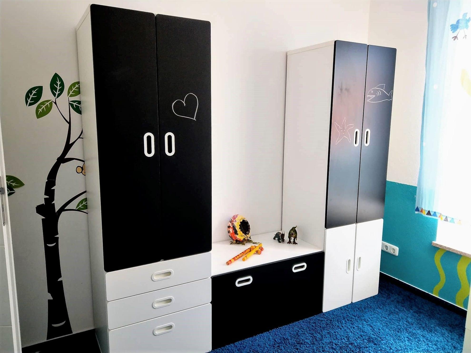 Der neue Kleiderschrank des Zwerges ist individuell zusammenstellbar und dadurch perfekt für jedes Kinderzimmer.