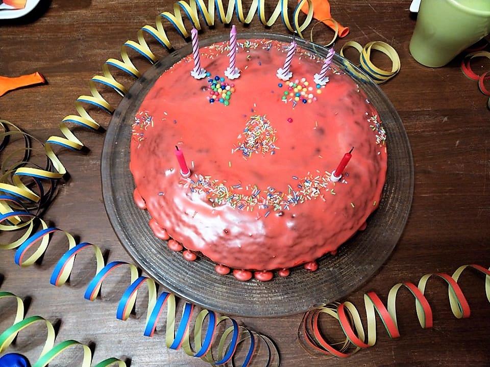 6. Geburtstag, Zwerg, Schokoladenkuchen, Kuchen, Schokokuchen, Geburtstag Kerzen