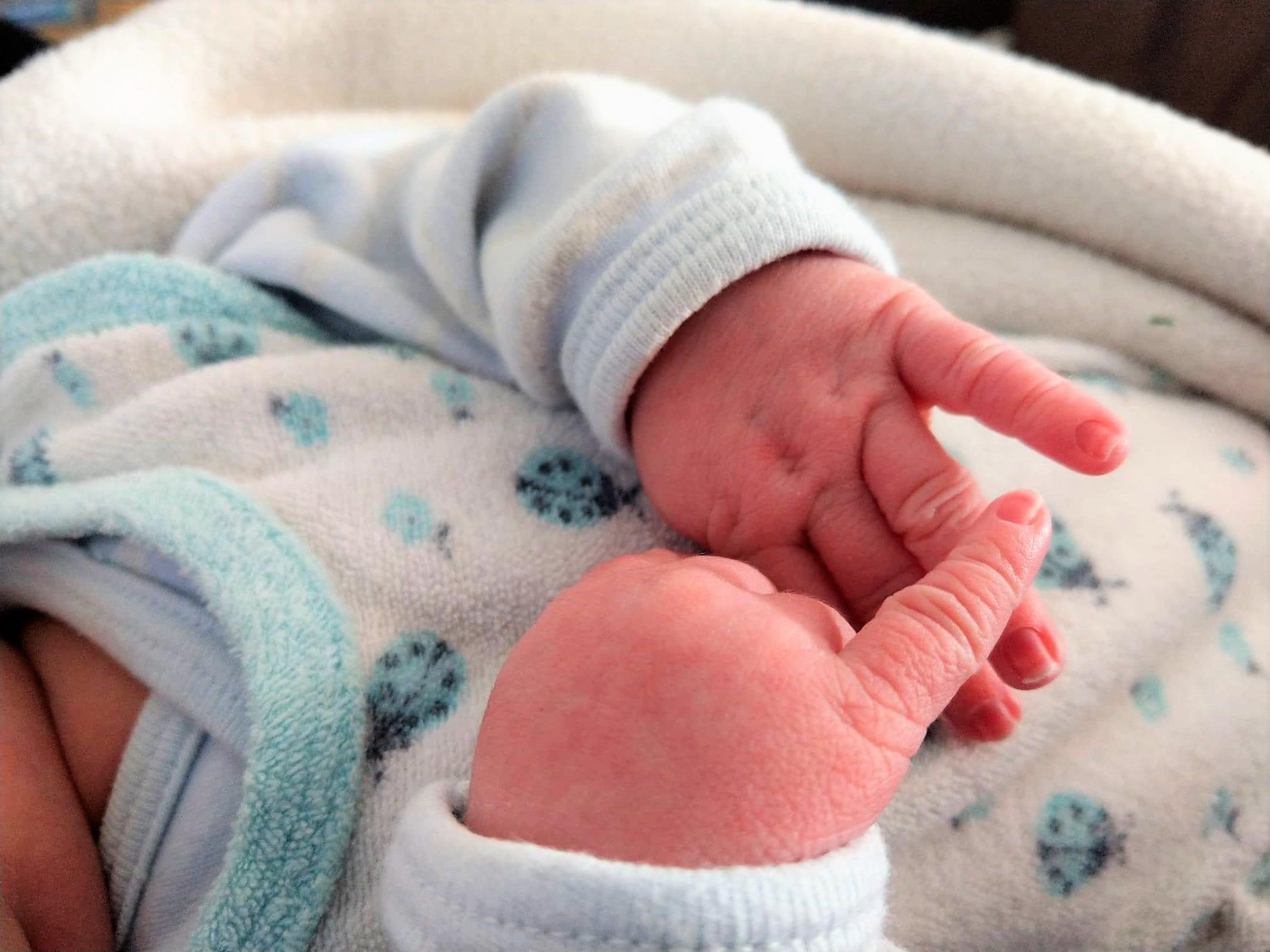 Neugeborenes, Babyupdate, Hände, Babyhände, Baby, Mamablog, Puddingklecks