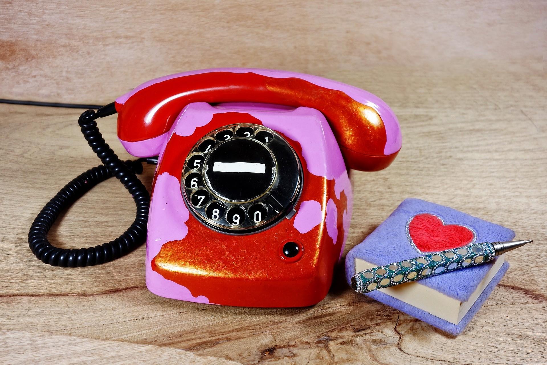 Generation Smartphone, Kommunikation, Telefon, Waehlscheibe, Relikt, Titel