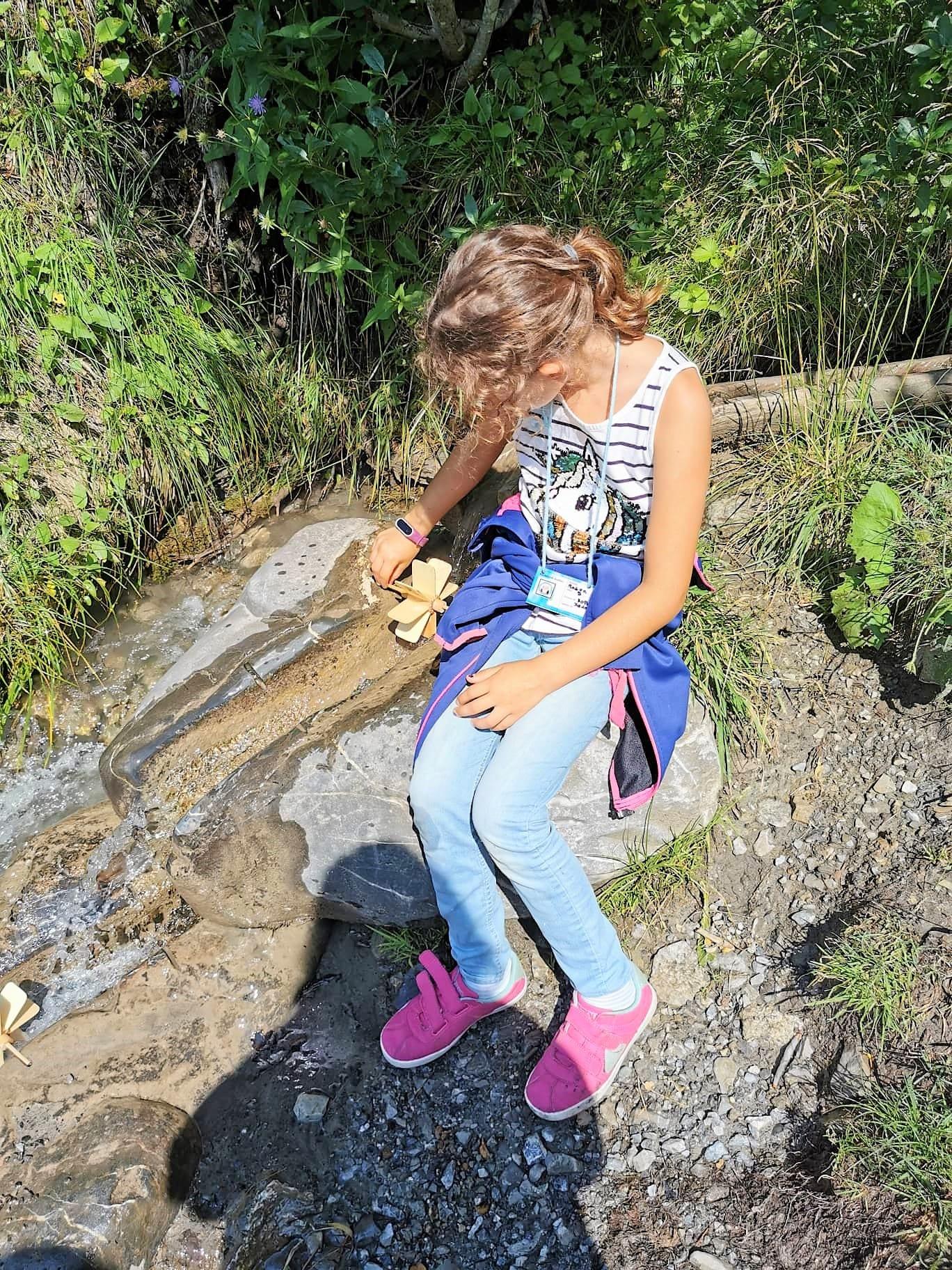 Forscherweg Wasserrad Malbun Liechtenstein