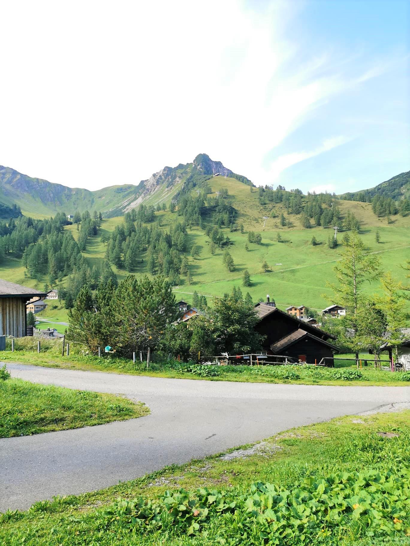 Natur und Bergblick in Malbun in Liechtenstein im Familienurlaub
