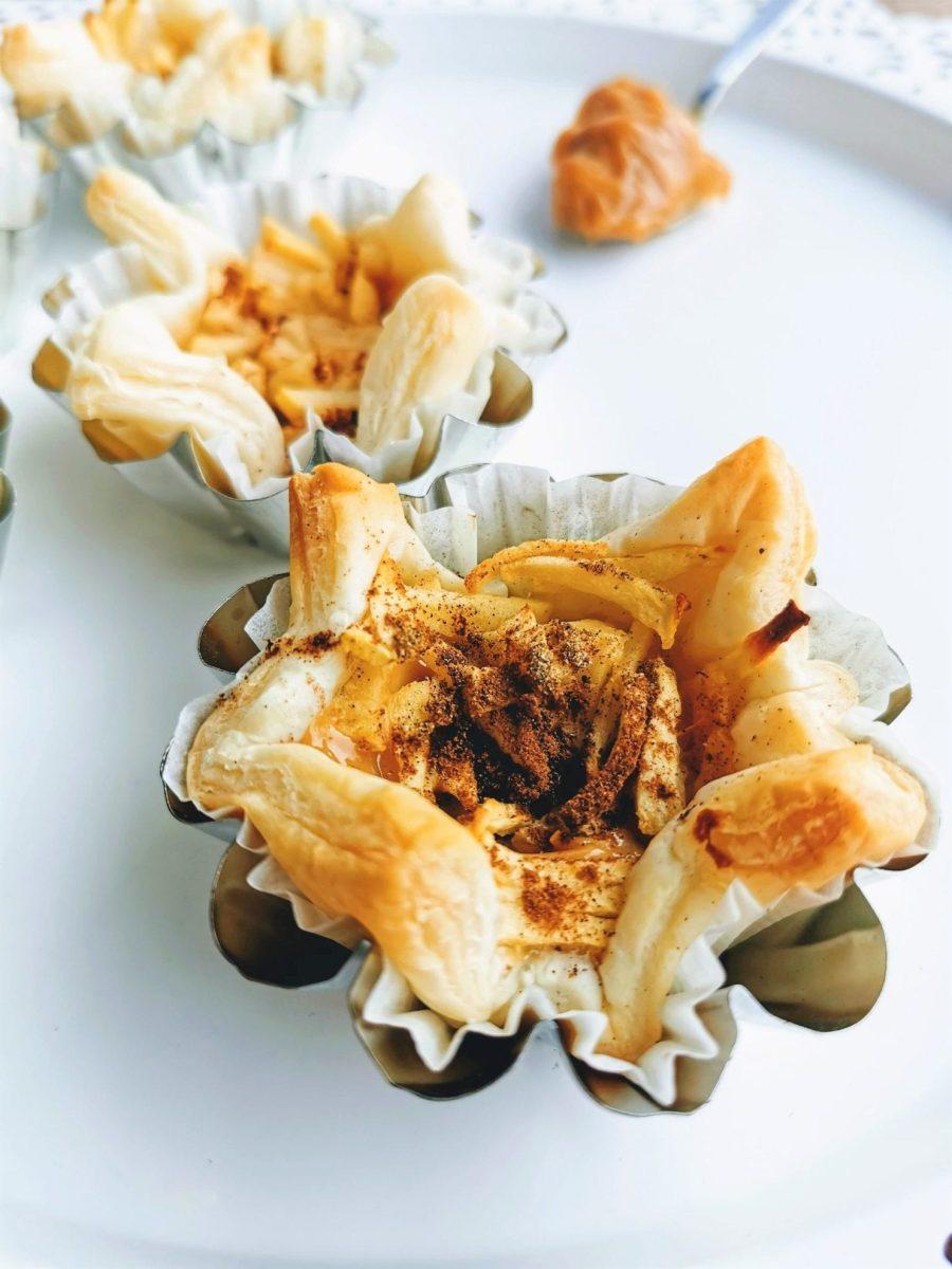 Blätterteigtörtchen mit salzigem Karamell