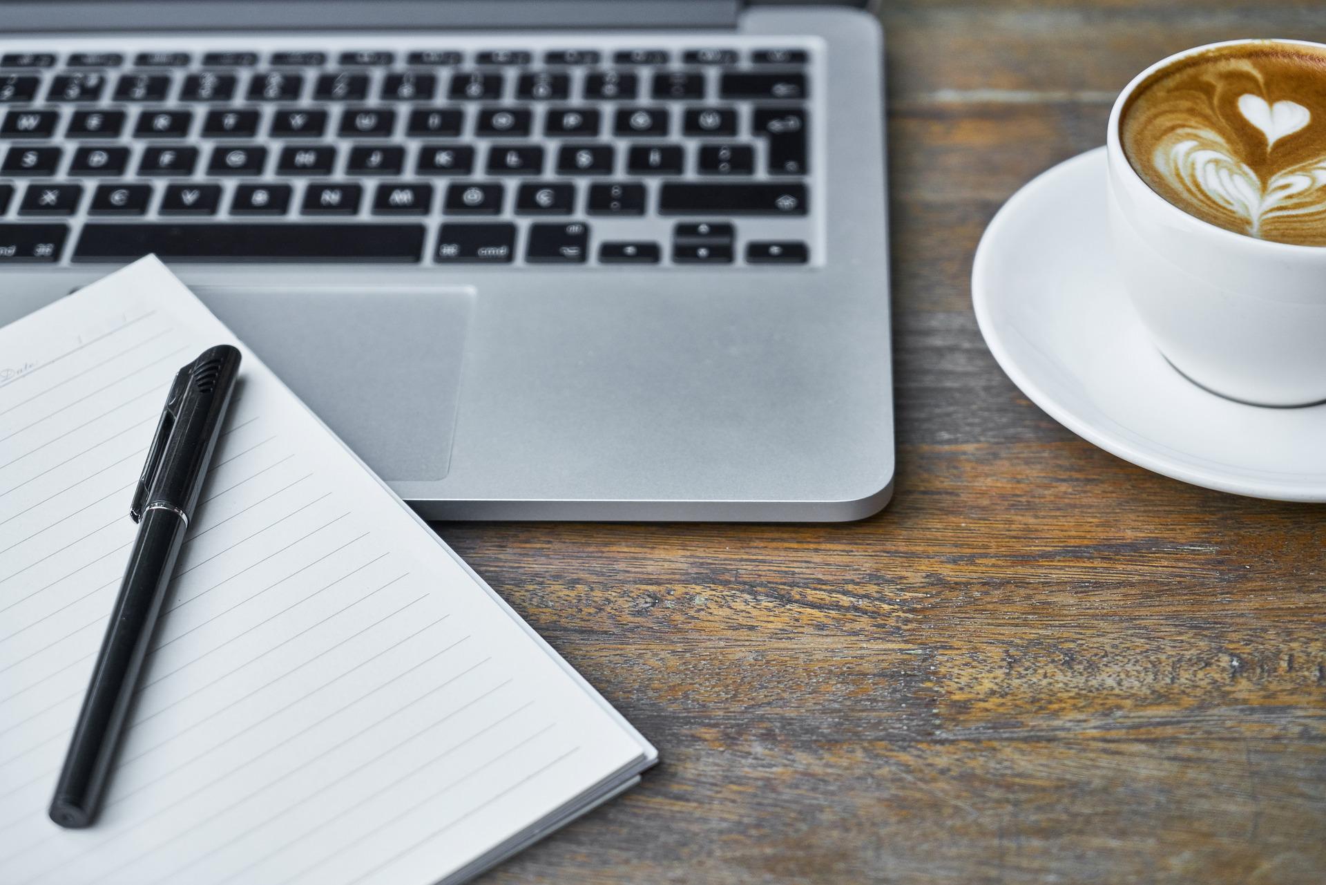 Bloggen ist auch Arbeit, die passend wertgeschätzt und bezahlt werden sollte, findet Julie von Puddingklecks, dem Großfamilienblog mit Herz