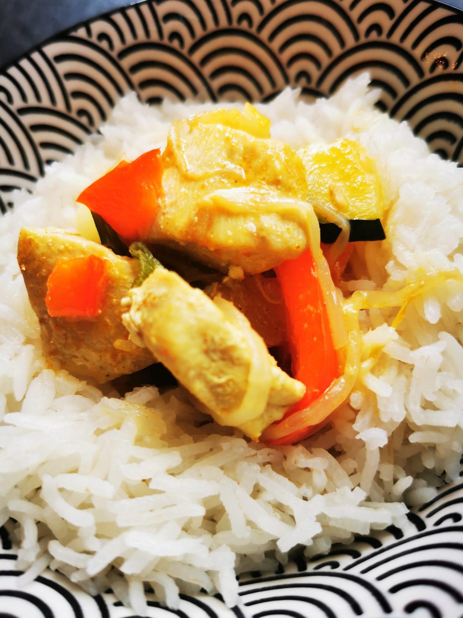 Hähnchencurry mit Reis in den Freitagslieblingen am 3.9.2021