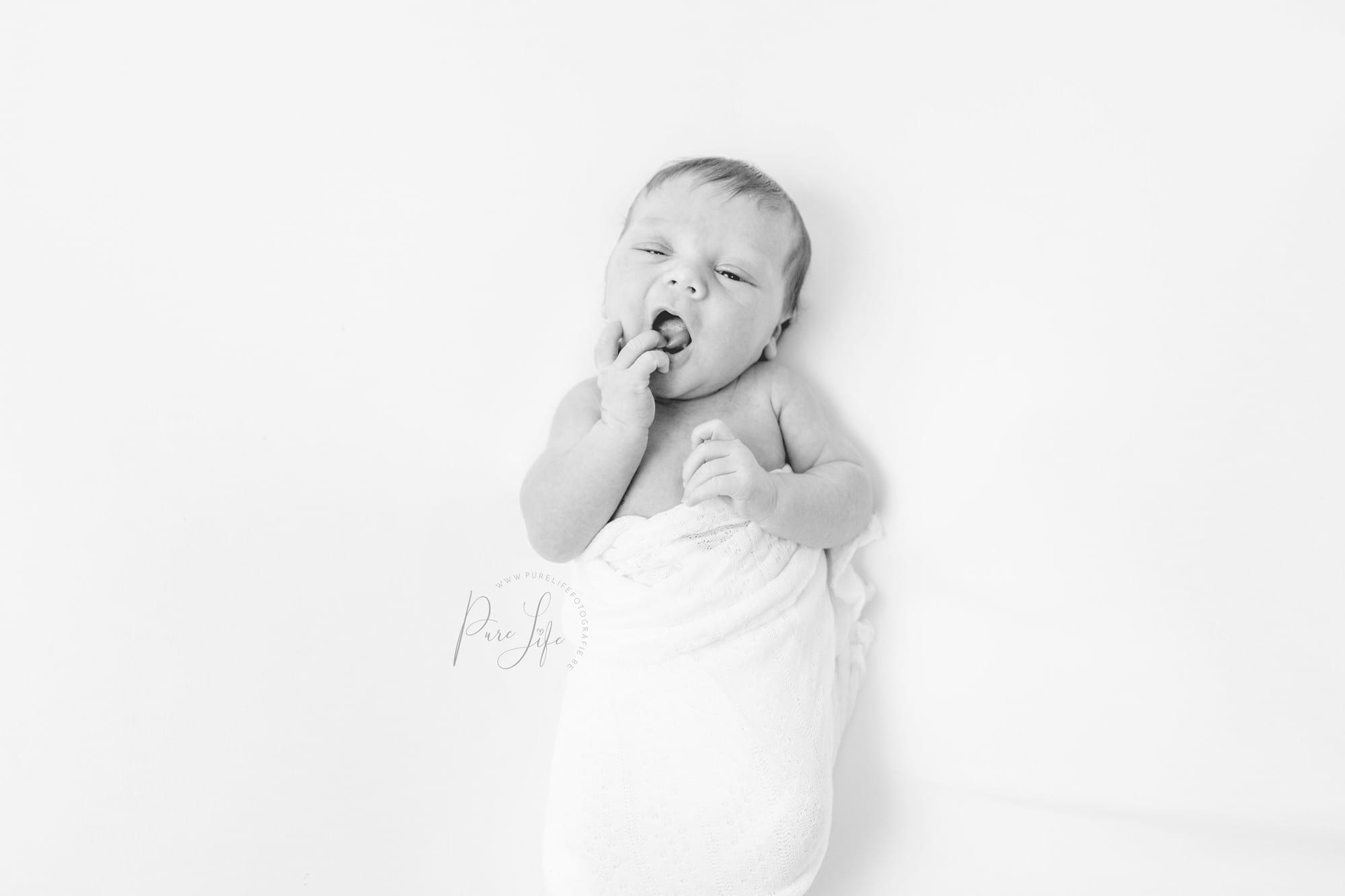 Newborn-fotograaf-Leuven