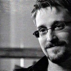 Conoce la verdad: 'Vigilancia permanente' el libro de Edward Snowden