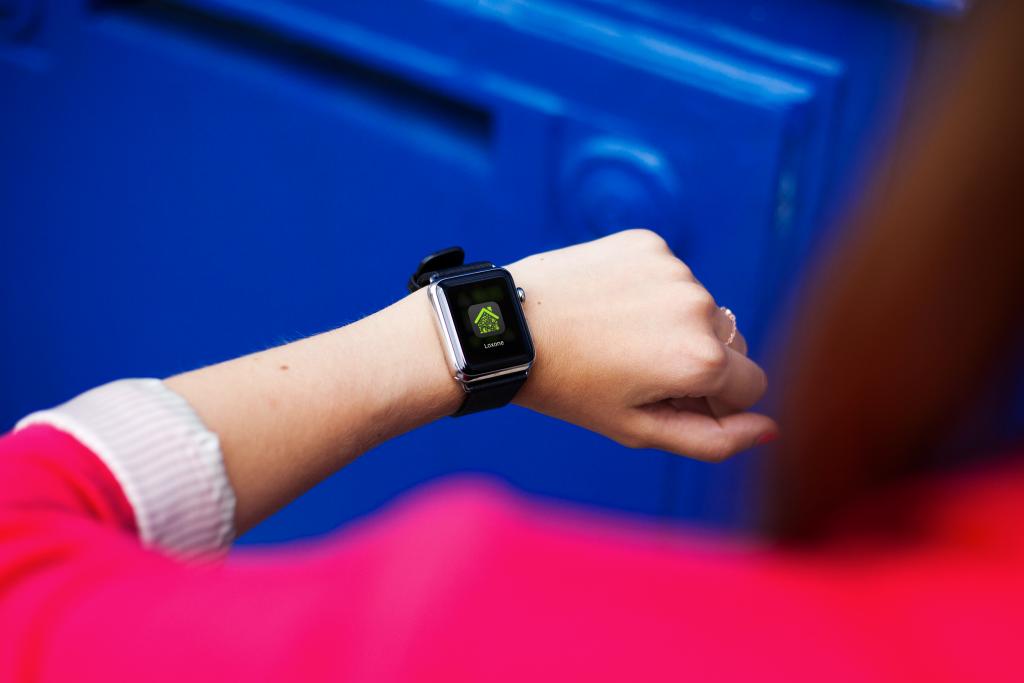 Loxone Smart Home - Smartwatch - Notification - In Situ (6).jpg
