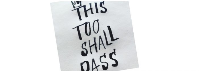 kalligrafi med texte This too shall pass