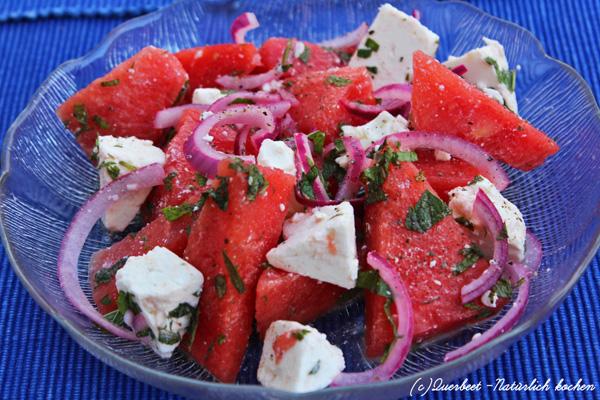 Wassermelonensalat l Wassermelone l Schafkäse l Sommersalat l Querbeet-Natürlich kochen