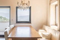 Quinta Olivia Dining table