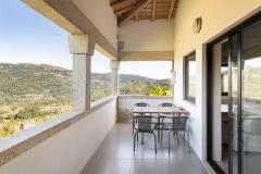 Quinta_Olivia_Fazenda_Balcony