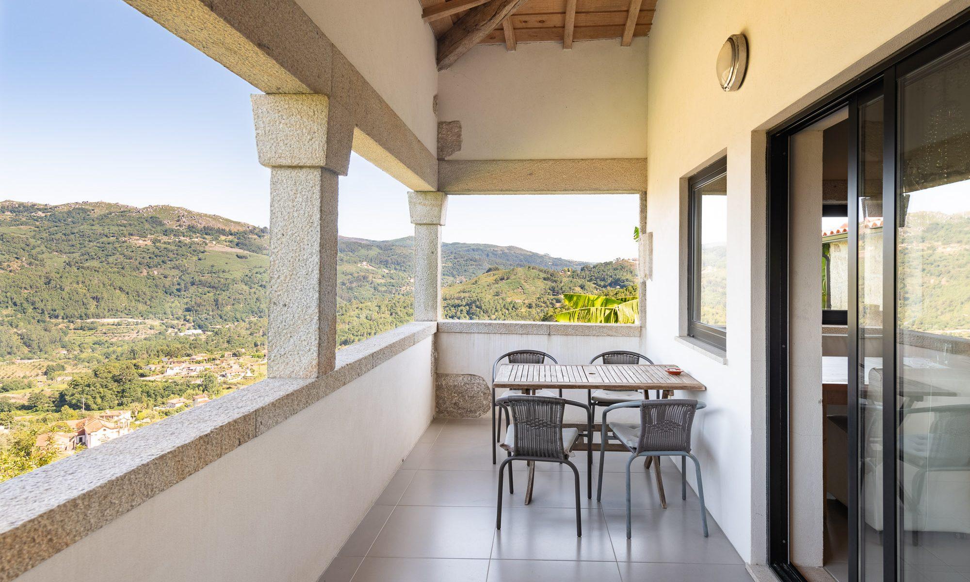Quinta Olivia Balcony