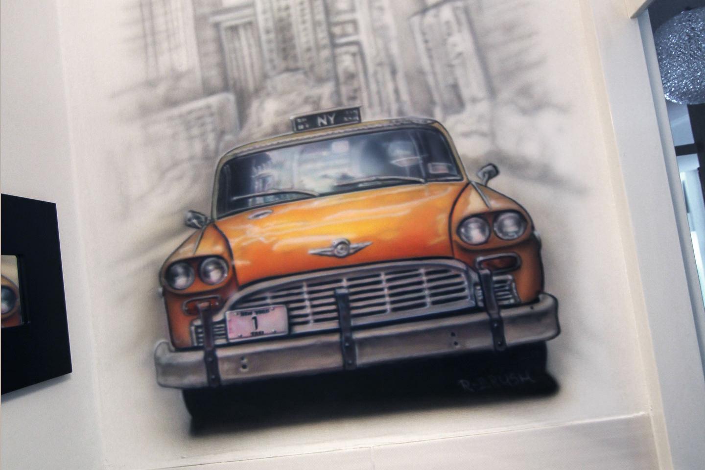 airbrush wc muurschildering van NYC New york cab