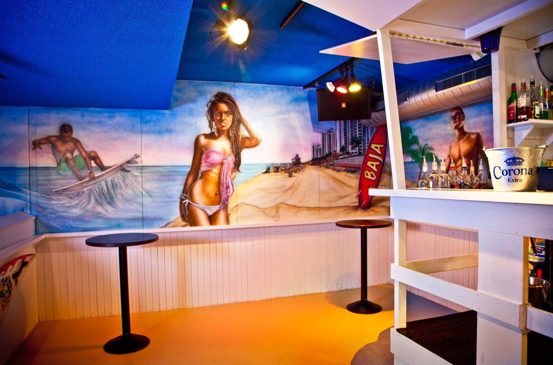 Muurschilderingen surf boulevard BAJA beachclub Rotterdam