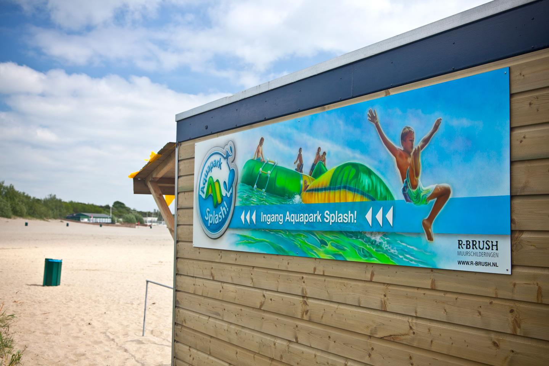 Aquapark Splash buiten schildering op plaatmateriaal