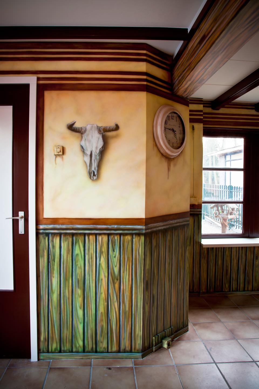 Western saloon muurschildering met cowboys