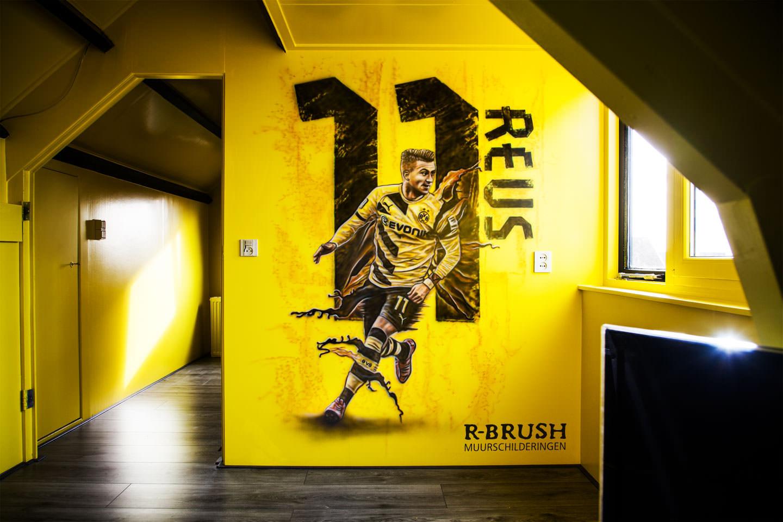 Voetbal muurschildering