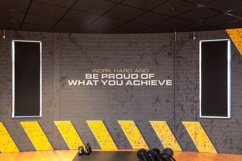 fitnessruimte Sportzenter Venray betonlook