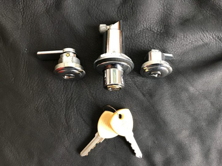 Flavia Lock Set Image