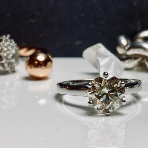 6 claw 2ct white gold engagement ring