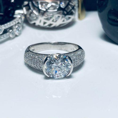 Bouton - White Stone Silver Ring