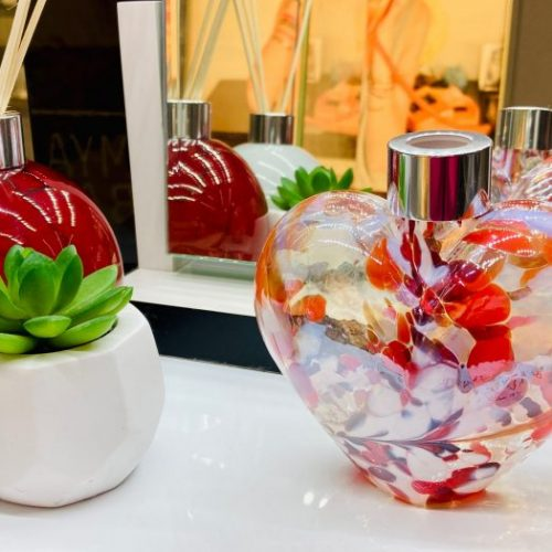 Amelia Art - Red Heart Glass Diffuser