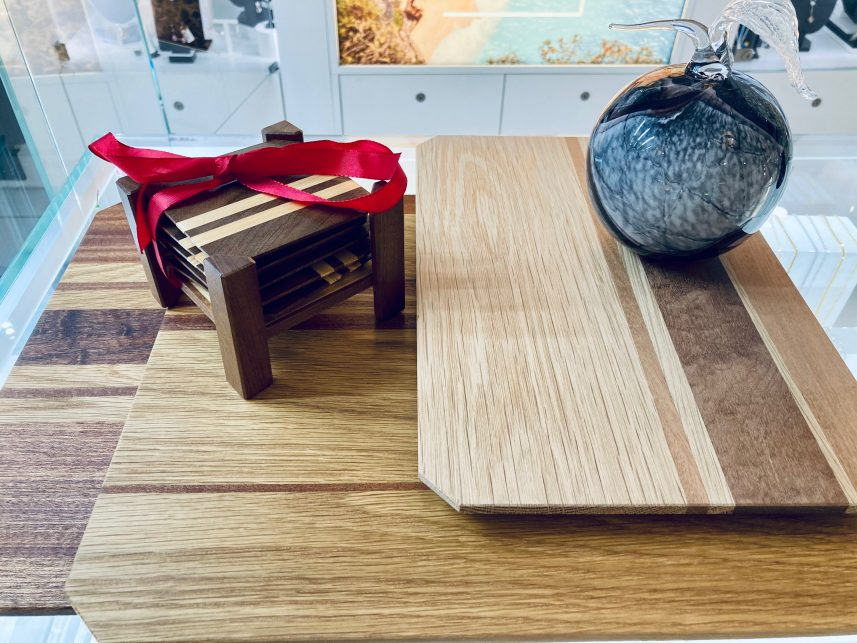 kiwi and rose wooden chopping board 4